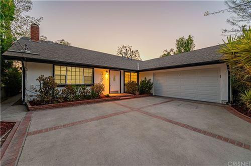 Photo of 24300 Highlander Road, West Hills, CA 91307 (MLS # SR21160433)