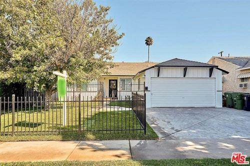 Photo of 17155 Strathern Street, Lake Balboa, CA 91406 (MLS # 20620434)