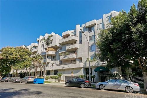 Photo of 500 S Berendo Street #312, Los Angeles, CA 90020 (MLS # SR20219435)