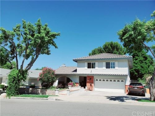 Photo of 22304 Barbacoa Drive, Saugus, CA 91350 (MLS # SR20234435)