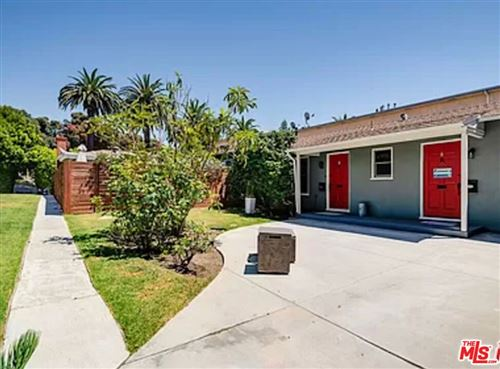 Photo of 852 11Th Street #B, Santa Monica, CA 90403 (MLS # 21784436)