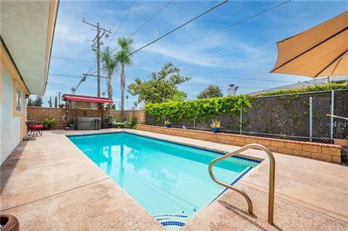 Tiny photo for 701 Bermuda Drive, Redlands, CA 92374 (MLS # EV21126436)