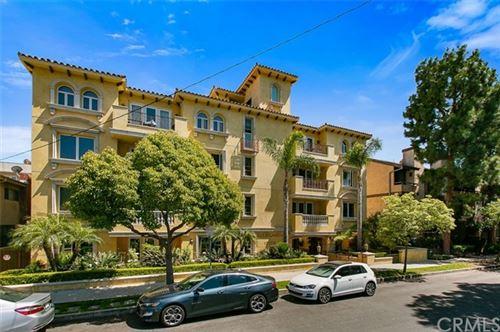 Photo of 12026 Rhode Island Avenue #302, Los Angeles, CA 90025 (MLS # AR21128437)
