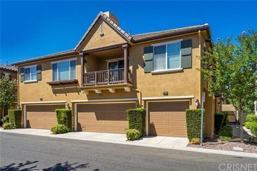Photo of 28378 Mirabelle Lane, Saugus, CA 91350 (MLS # SR20149437)
