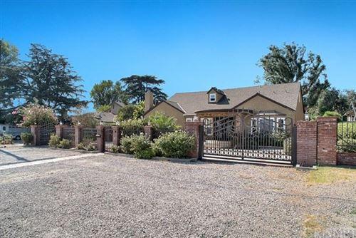 Photo of 10531 Oklahoma Avenue, Chatsworth, CA 91311 (MLS # SR21063437)