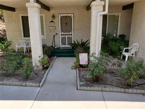 Photo of 19826 Spanish Oak Drive, Newhall, CA 91321 (MLS # SR21135437)
