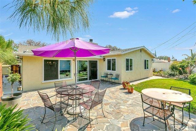 Photo of 17136 Index Street, Granada Hills, CA 91344 (MLS # SR21136437)