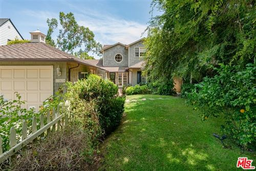 Photo of 11624 Terryhill Place, Los Angeles, CA 90049 (MLS # 21765438)