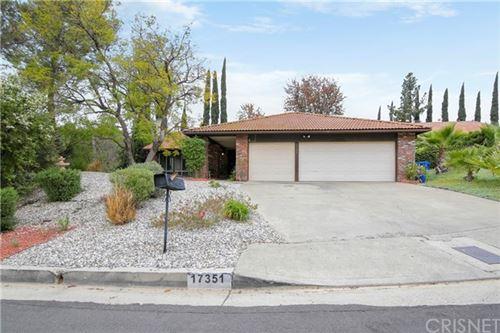 Photo of 17351 Angelaine Way, Granada Hills, CA 91344 (MLS # SR21082438)