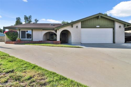 Photo of 2495 Knightwood Circle, Simi Valley, CA 93063 (MLS # 221003439)