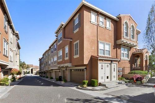Photo of 3435 Vittoria Pl #2, San Jose, CA 95136 (MLS # ML81838439)