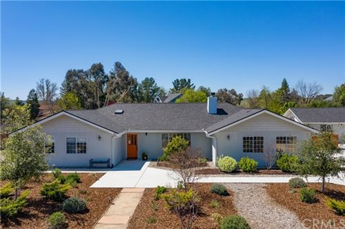 Photo of 90 Foxtail Lane, Templeton, CA 93465 (MLS # SC21077439)