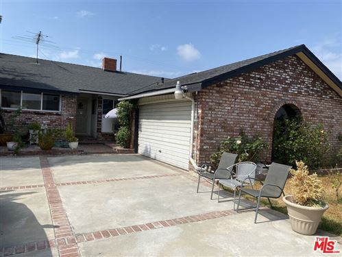 Photo of 7411 Lemp Avenue, North Hollywood, CA 91605 (MLS # 21793440)