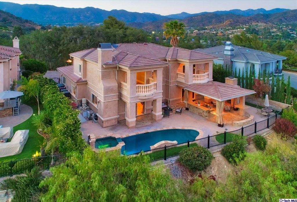 Photo of 1511 La Vista Terrace, Glendale, CA 91208 (MLS # 320006440)