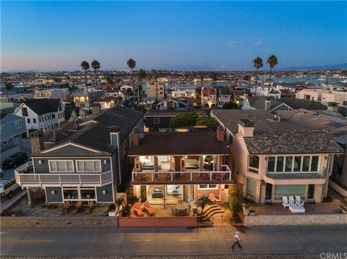 Photo of 938 W Oceanfront, Newport Beach, CA 92661 (MLS # NP21214441)