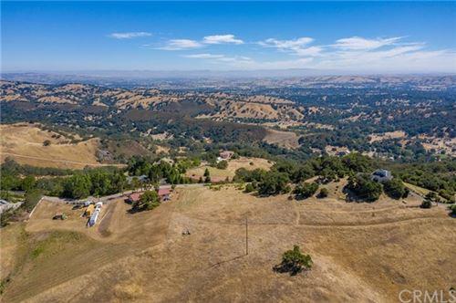 Photo of 12105 San Marcos Road, Atascadero, CA 93422 (MLS # NS19154441)