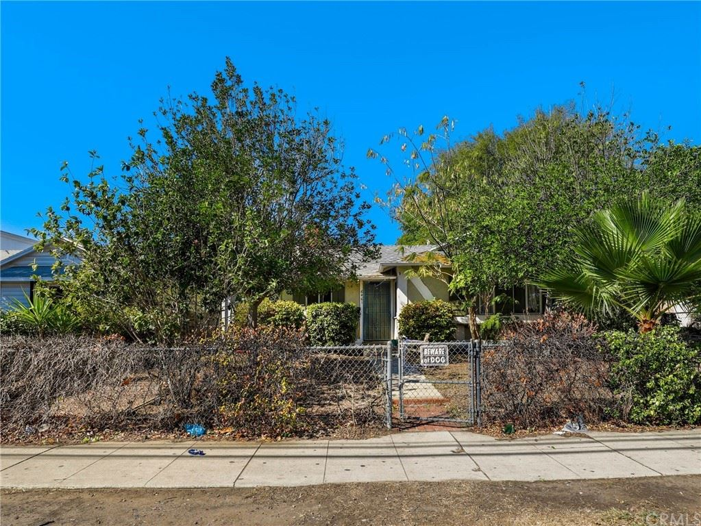 Photo of 6461 Woodley Avenue, Van Nuys, CA 91406 (MLS # BB21227441)