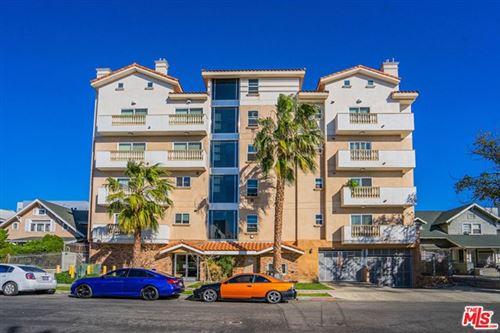 Photo of 1026 S Oxford Avenue #504, Los Angeles, CA 90006 (MLS # 21688442)