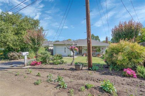 Photo of 950 Lucky Avenue, Menlo Park, CA 94025 (MLS # ML81842443)