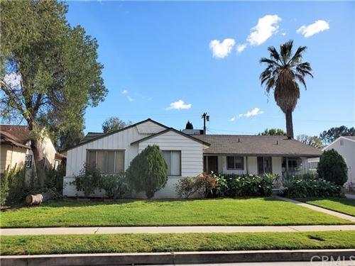 Photo of 12816 Waddell Street, Valley Village, CA 91607 (MLS # SB20060443)