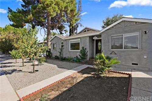 Photo of 17326 Emelita Street, Encino, CA 91316 (MLS # SR20199443)