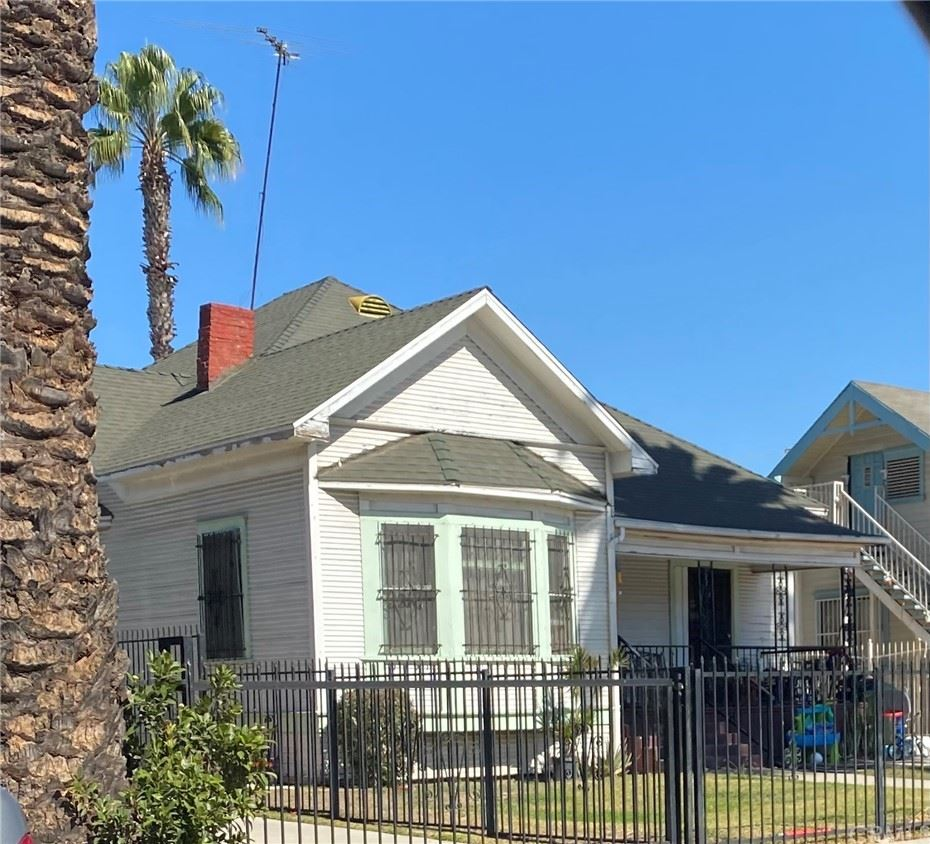 1181 Leighton Avenue, Los Angeles, CA 90037 - MLS#: CV21231443