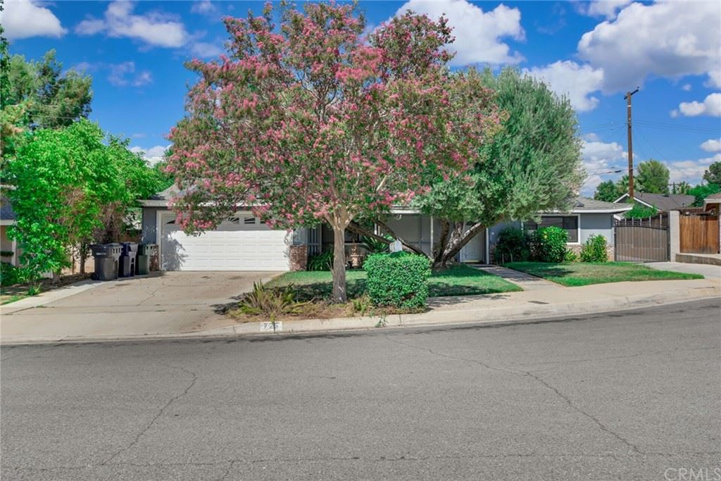 725 Sherwood Street, Redlands, CA 92373 - MLS#: EV21106443