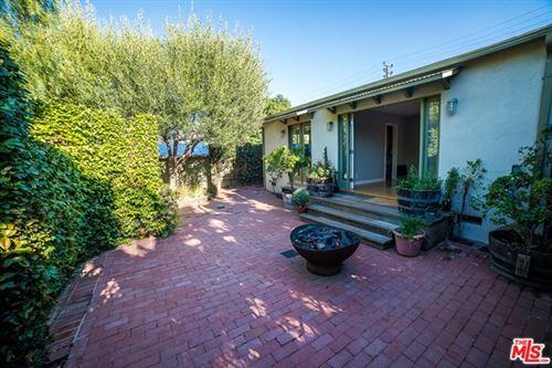 Photo of 930 Palms Boulevard, Venice, CA 90291 (MLS # 20660444)