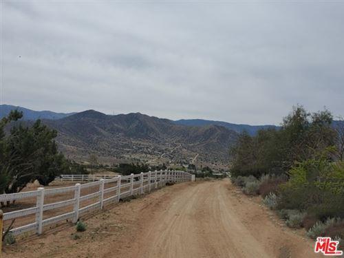Photo of 0 Vac/1/2 Mi N Sierra Hwy/Via Gabriel Avenue, Acton, CA 93510 (MLS # 21716444)