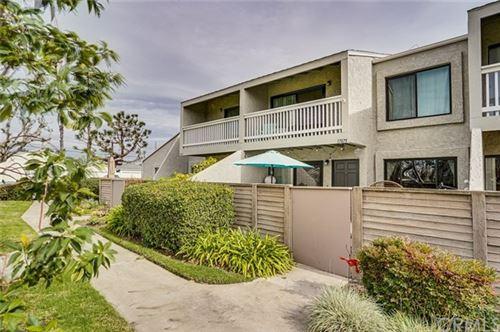 Photo of 17875 Maggie Lane #12, Huntington Beach, CA 92647 (MLS # OC21012444)