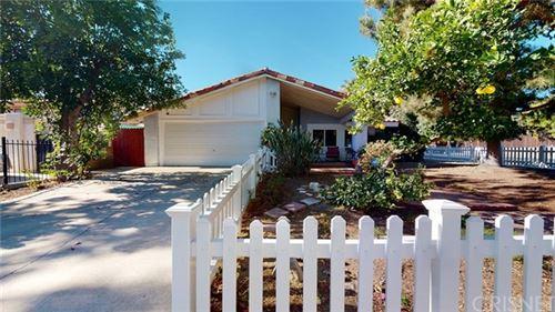 Photo of 11739 Mclennan Avenue, Granada Hills, CA 91344 (MLS # SR20259444)
