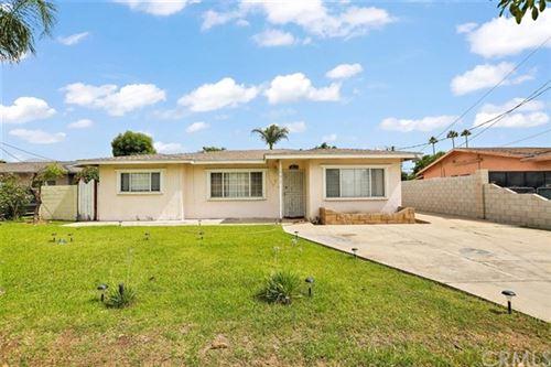 Photo of 17612 Randall Avenue, Fontana, CA 92335 (MLS # IV20106445)