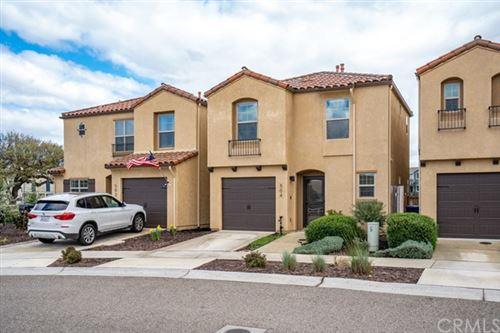 Photo of 504 Playa Circle, Paso Robles, CA 93446 (MLS # NS21130445)