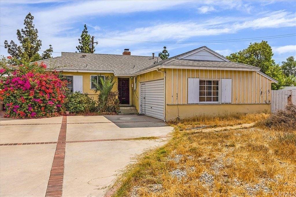 Photo of 12610 Keswick Street, North Hollywood, CA 91605 (MLS # BB21225445)
