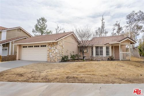 Photo of 28917 Poppy Meadow Street, Canyon Country, CA 91387 (MLS # 21693446)