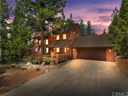 Photo of 42028 Sky View Ridge Drive, Big Bear, CA 92315 (MLS # PS20126446)