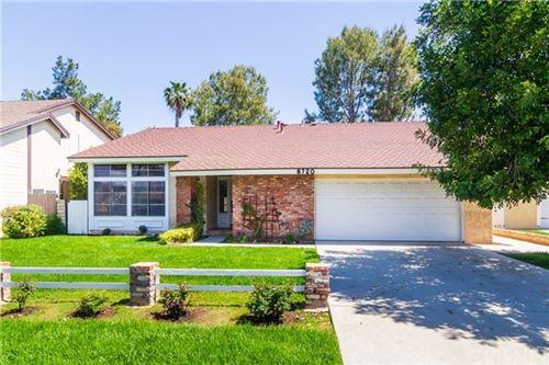 Photo of 6720 Vicky Avenue, West Hills, CA 91307 (MLS # SR21072446)