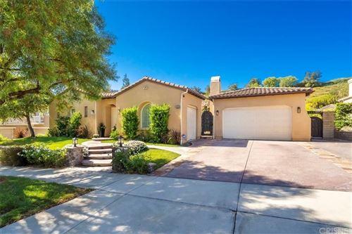 Photo of 26629 Oak Terrace Place, Valencia, CA 91381 (MLS # SR21196446)