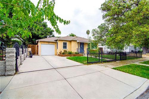 Photo of 15513 Cohasset Street, Van Nuys, CA 91406 (MLS # SR21200446)