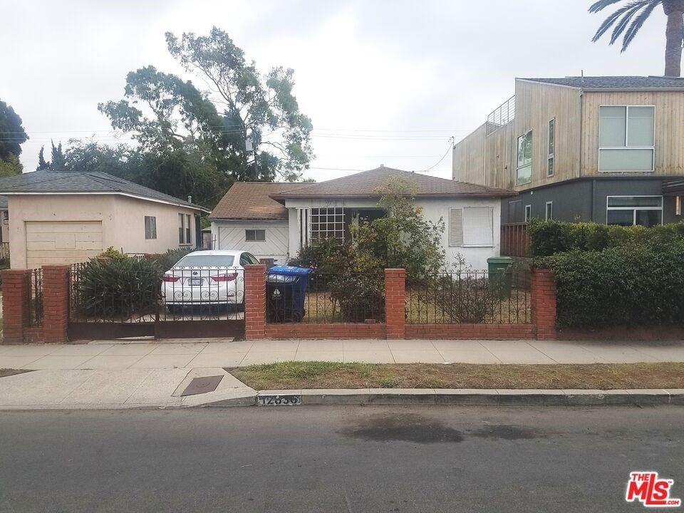 12836 Gilmore Avenue, Los Angeles, CA 90066 - MLS#: 21792446