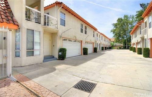 Photo of 5731 Etiwanda Avenue #4, Tarzana, CA 91356 (MLS # BB20159447)