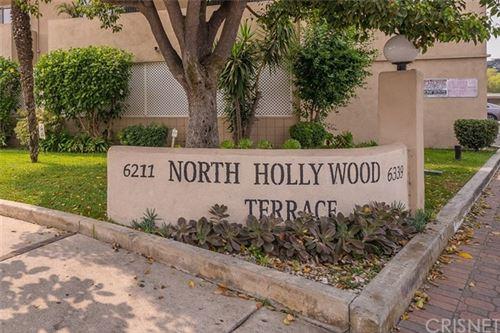 Tiny photo for 6329 Morse Avenue, North Hollywood, CA 91606 (MLS # SR20188447)