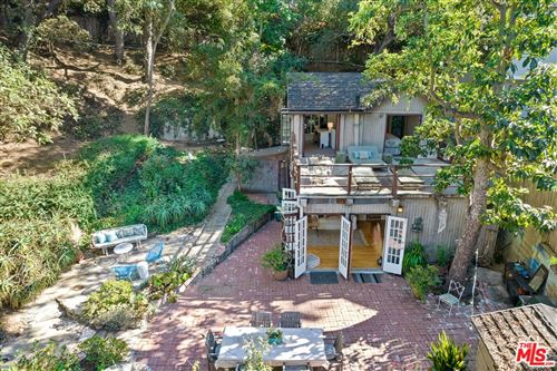 Photo of 8868 Lookout Mountain Avenue, Los Angeles, CA 90046 (MLS # 21775448)