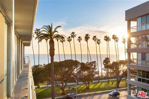 Photo of 535 Ocean Avenue #6C, Santa Monica, CA 90402 (MLS # 21787448)