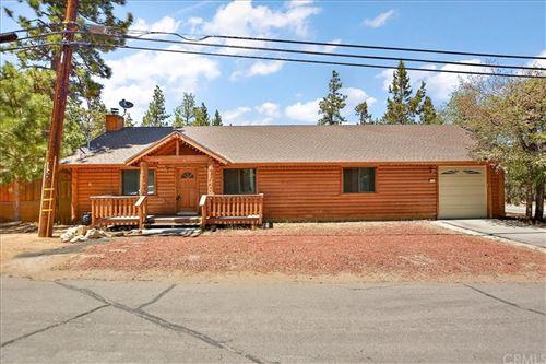 Photo of 502 Pine Lane, Big Bear, CA 92386 (MLS # PW21098448)