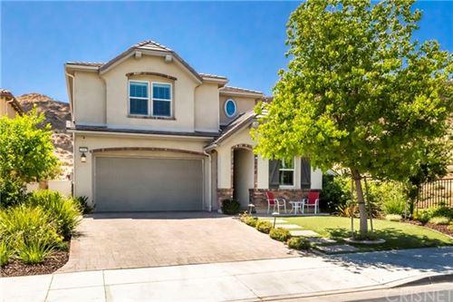 Photo of 29085 Sterling Lane, Valencia, CA 91354 (MLS # SR21096448)