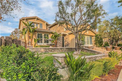 Photo of 26440 Black Oak Drive, Valencia, CA 91381 (MLS # SR21171448)