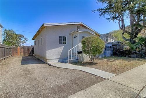 Photo of 253 Leighton Drive, Ventura, CA 93001 (MLS # V1-5448)