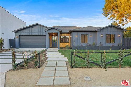 Photo of 12209 Emelita Street, Valley Village, CA 91607 (MLS # 21675450)