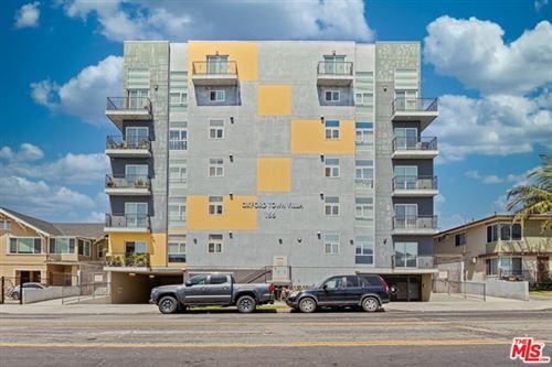 Photo of 155 S oxford Avenue #PH3, Los Angeles, CA 90004 (MLS # 21714450)